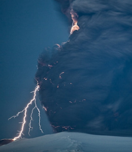 photo-Electrifying Images of Volcano Lightning